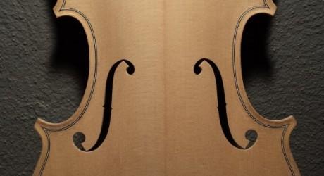 Stradivarius vs. Del Gesu