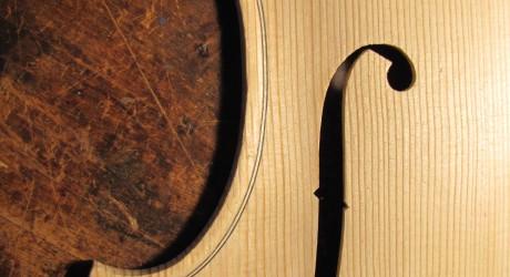 Stradivari F-hole